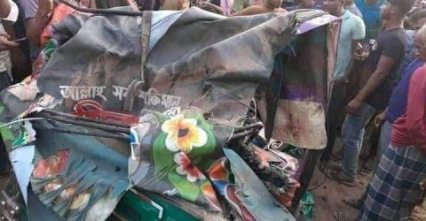 নোয়াখালীর সেনবাগে বাস চাপায় সিএনজি চালক নিহত